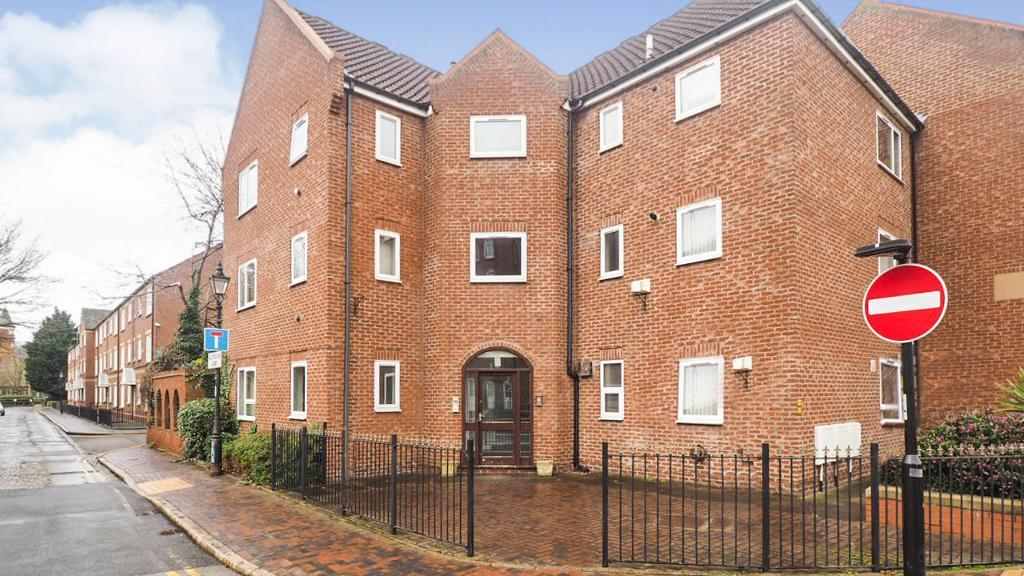 Lawson Court, High Street, Hull, HU1 1HA